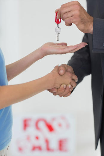 Qual é a diferença entre Compromisso e Promessa de Compra e Venda